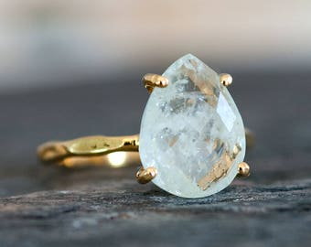 Solitaire Aquamarine Ring Gold, March Birthstone Ring, Gemstone Ring, Stacking Ring, Tear Drop Ring, Prong Set Ring, Gift for Mom
