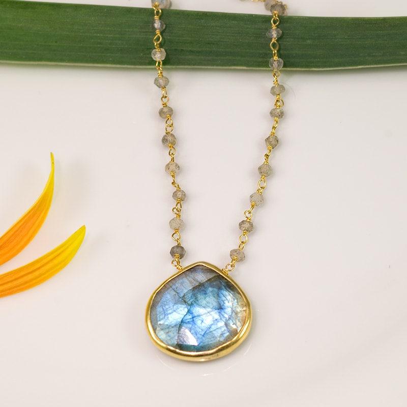 Gift for Her Boho Chic Choker Beaded Labradorite Necklace Healing Stones Celestial Necklace Aurora Borealis Natural Gemstone Jewelry