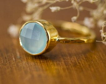 Aqua Blue Chalcedony Ring Gold, Stackable Stone Ring, Solitaire Ring, Gemstone Ring, Stacking Ring, Round Stone Ring, Summer Ring, Bezel
