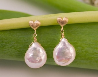 White Pearl Earrings - Gold Earrings - Bridal Jewelry - Pearl Earrings - Heart Earrings- Bridesmaid Jewelry