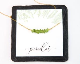 Peridot August Birthstone Necklace, Gemstone Bar Necklace, Healing Crystals, Big Little Gift, Gem Chip Stones, Boho Necklace, Everyday Wear