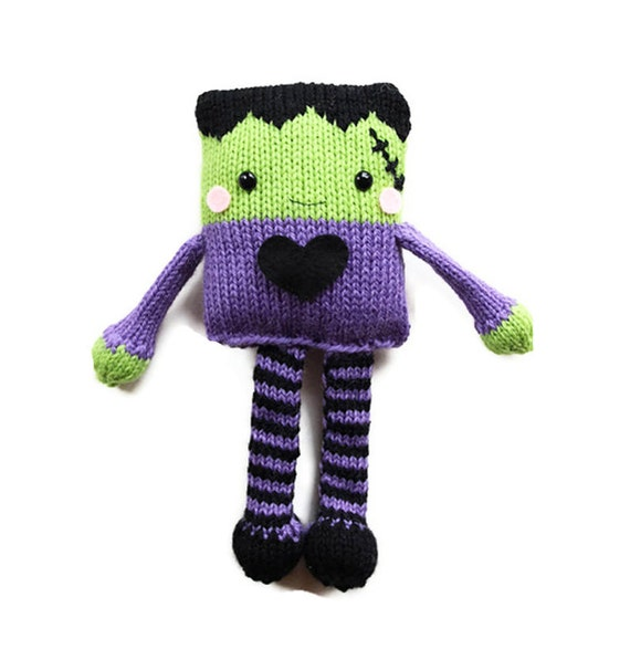 Items similar to Halloween Knitting Pattern - Toy ...