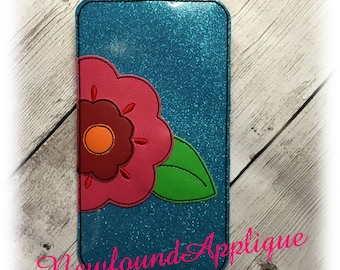 In The Hoop Floral Cell Phone/Ipod Case Embroidery Machine Design