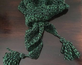 Slytherin Colors, Dumbledore Scarflette, Tassel Triangle Scarf, Crochet, Triangle Scarf, Green, Black