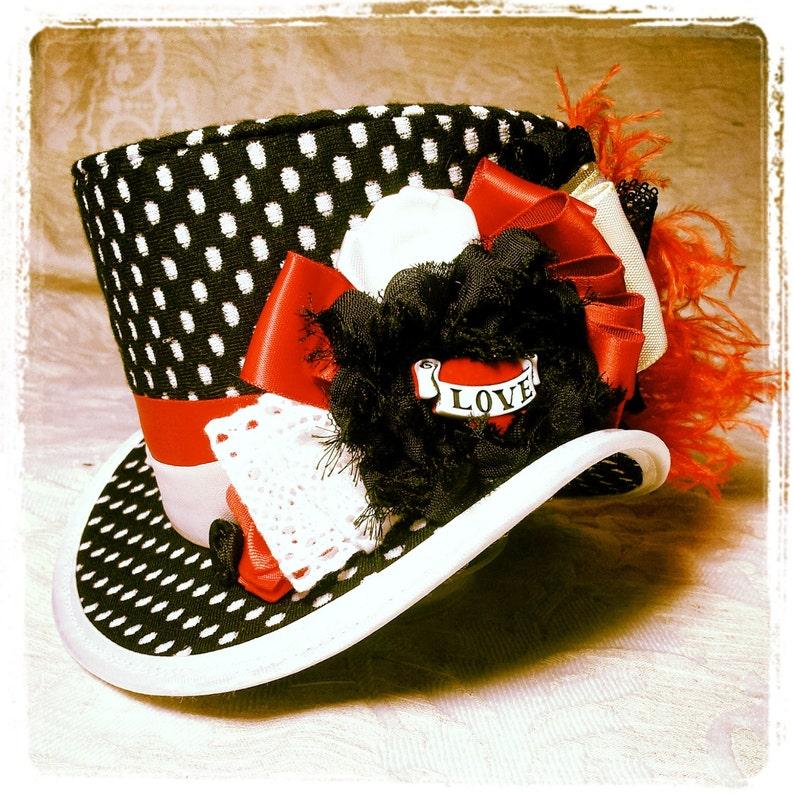 00b768e33e107 Gothic mini top hat Polka dot Black and white hat Mini Top