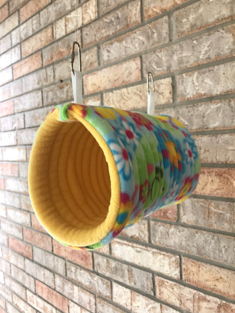 Parrotlets or Green Cheeks  and Regular Conures. Lovebirds Quilted Fleece Hideaway for Any Smaller Birds Cozy Bird Tunnels