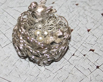 Vintage Wire Bird's Nest Brooch