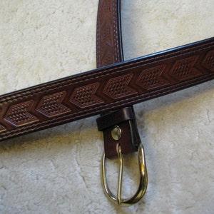 Embossed Leather Belt Oak Leaves and Acorns B2E005