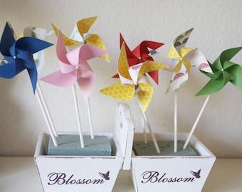 Primary Color Birthday Party Favors, Birthday Favors, Birthday Party Decorations, Favors 12 Mini Spinning Pinwheels (Custom orders welcomed)