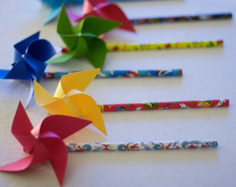 Dr Seuss Birthday Party Pinwheels Paper Pinwheels Dr Seuss party favors, Oh the places you will go party favors 6 mini Pencil Pinwheels