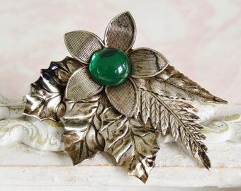 Vintage Large Brooch in Silver Metal with Emerald Green Accent