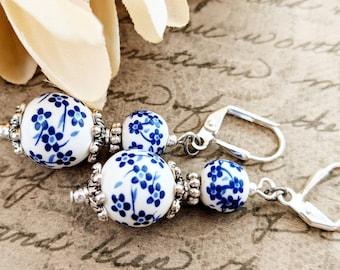 Delft Blue Earrings, Gift for Daughter, White Blue Floral Earrings, Gift for Her, Ceramic Earrings, Beaded Earrings Dutch, Birthday Gift Mom