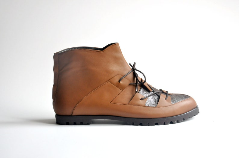 Maestory Collection Ginger Brown SHARKIE FREE SHIPPING Handmade Leather Women Boot