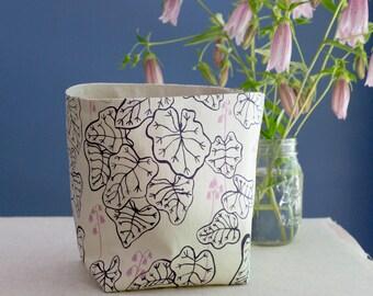 Fabric Bucket: Heuchera in Oxalis and Mallow