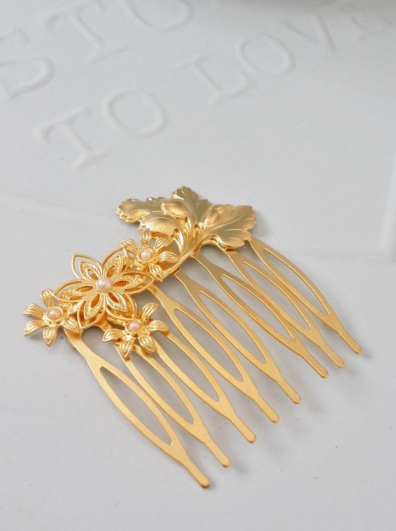 Wedding Hair Jewelry Bridal Hair Comb Hair Accessories Wedding Hair Comb Gold and pearl Bridal Hair Accessories Floral Hair Comb