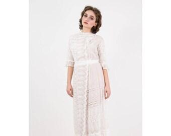 Antique Edwardian white lace dress / Vintage 1910s Eyelet cotton voile lingerie dress / Button back tea dress / S