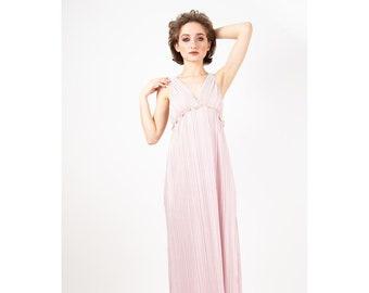 ee8c9ec1e5e Vintage Mary McFadden   1980s Fortuny style pleats   Mushroom pleats    Grecian style Delphos gown   Pale pink maxi dress   S M