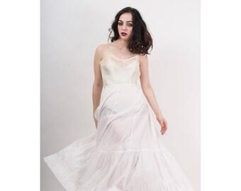Antique cotton petticoat / Vintage 1910s Edwardian era white with pink rose petal print underskirt / Horizontal pin tucking / XS