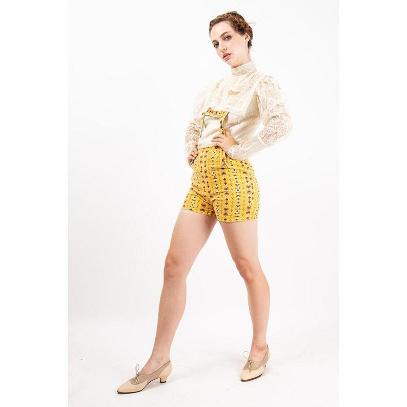 Vintage Gunne Sax blouse / 1970s white lace button back puff image 0