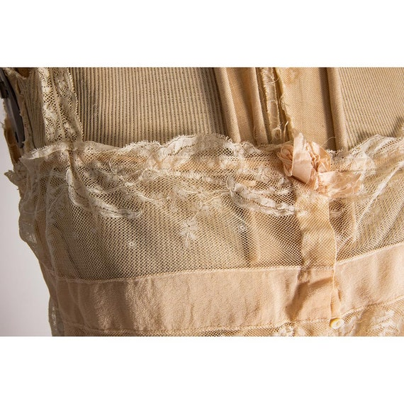 Vintage silk and lace camisole top / 1920s pale p… - image 6