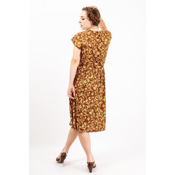 1940s dress / Vintage rayon jersey novelty floral… - image 4
