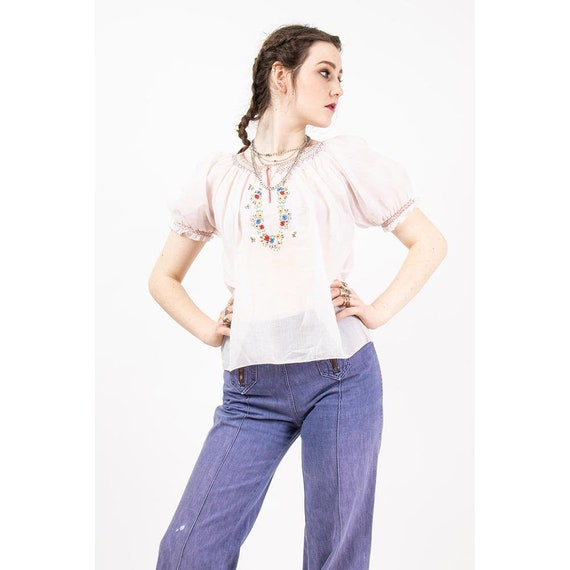 Vintage embroidered peasant blouse / 1940s style s
