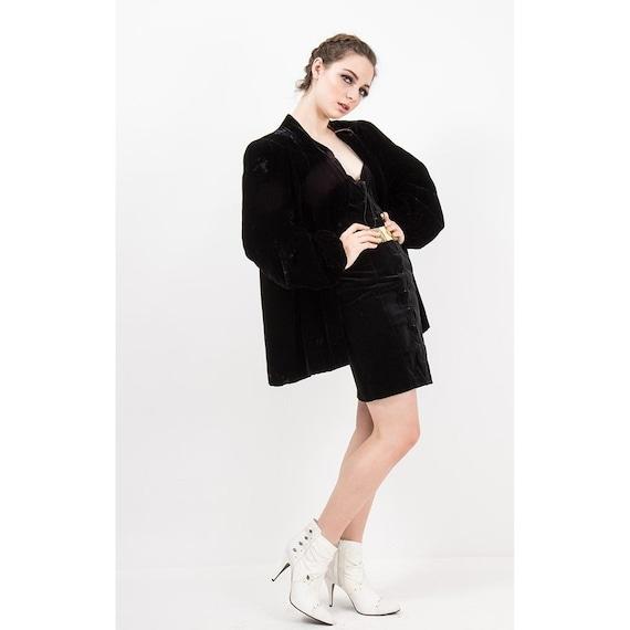 1940s velvet coat / Vintage black rayon velvet clu