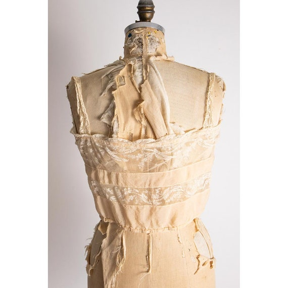 Vintage silk and lace camisole top / 1920s pale p… - image 5