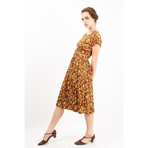 1940s dress / Vintage rayon jersey novelty floral… - image 6