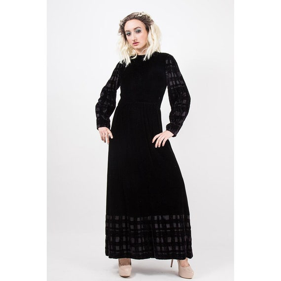 Vintage GIVENCHY / 1960s 1970s Maxi dress / Evenin