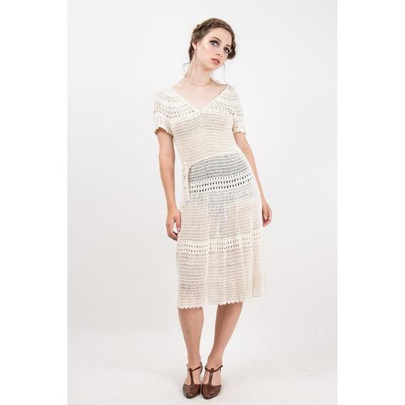 Vintage white cotton crochet dress / 1970s does 19