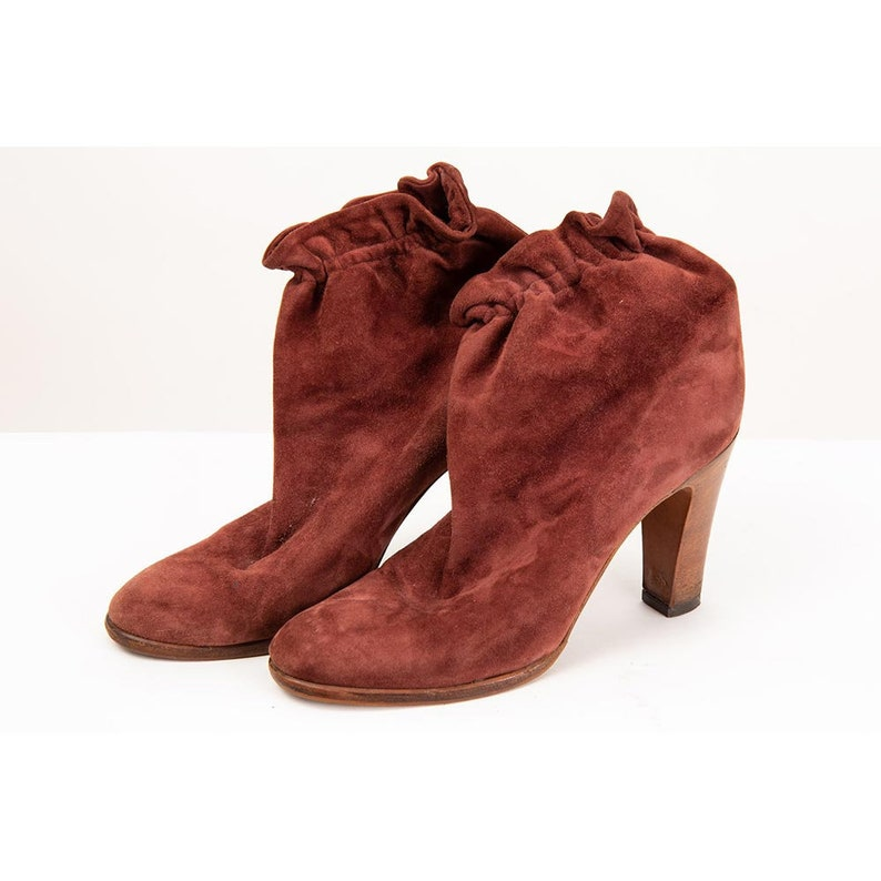 Vintage red suede ankle boots / 1980s Violacci brick red image 0