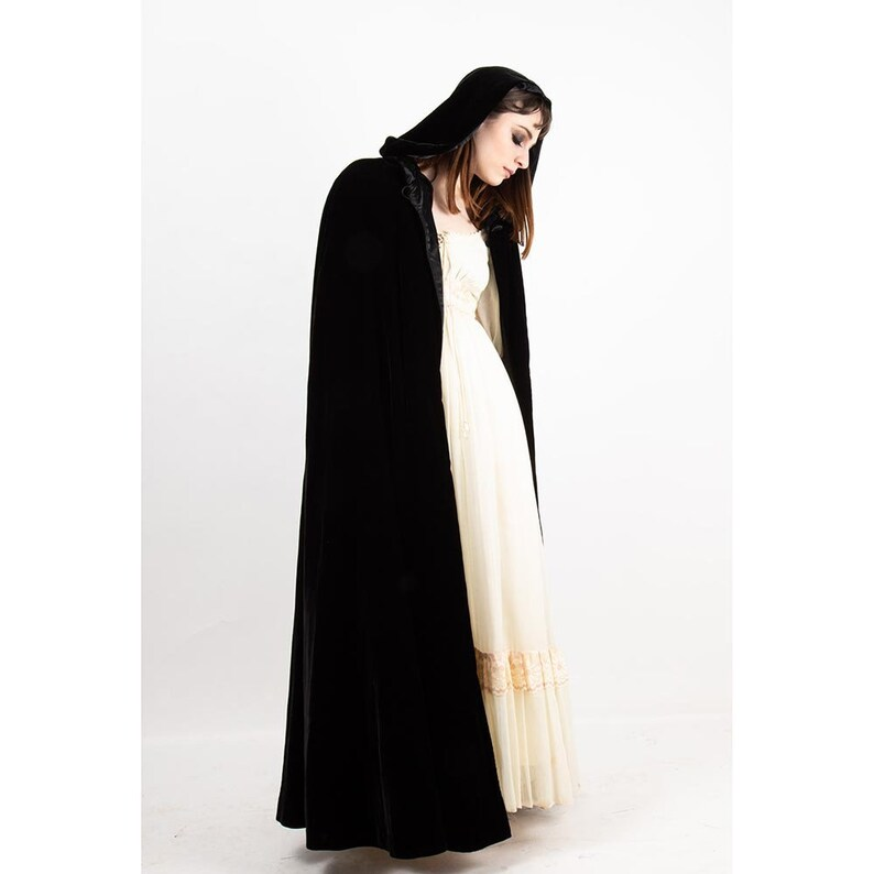 Vintage black velvet cape with hood / 1980s Kinsale style image 0