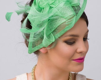 """Kelly Green Fascinator - """"Penny"""" Mesh Hat Fascinator with Mesh Ribbons and Kelly Green Feathers"""