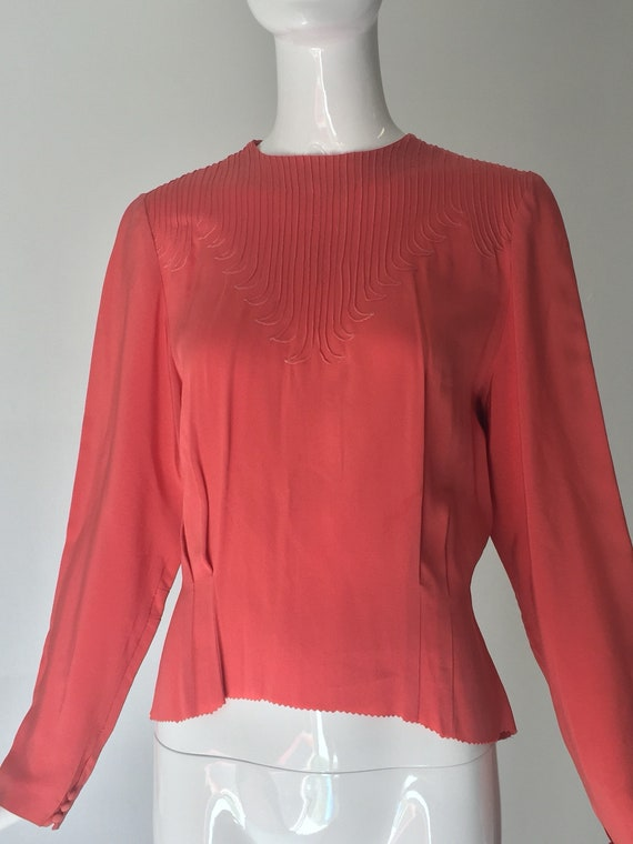 1940s Long Sleeved Coral Blouse Top