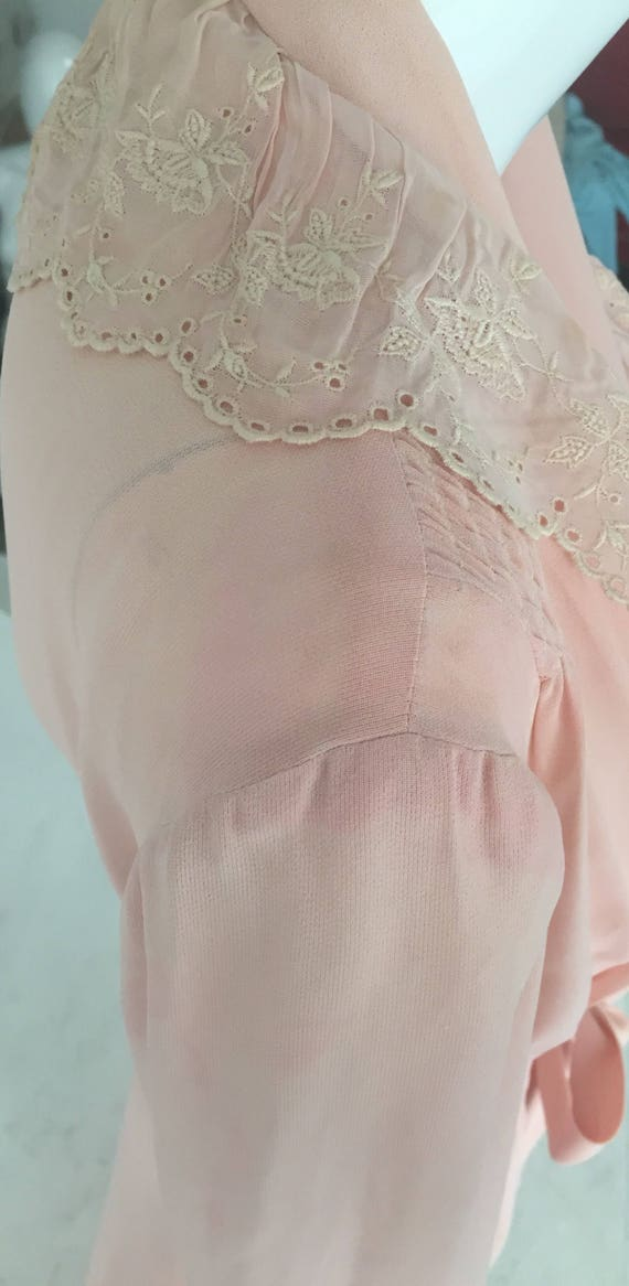 1940s Pink Dressing Gown Robe - image 3