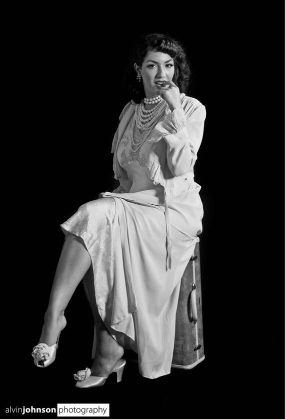 1940s Pink Dressing Gown Robe - image 5