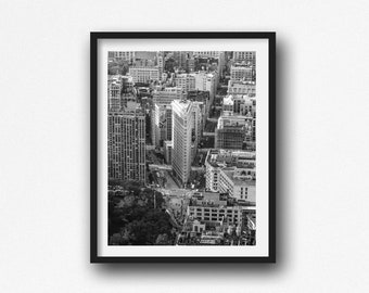 Flatiron Building Photo, New York City Photography. Black and White Photography,  Fine Art Photography,  New York Print, New York Skyline