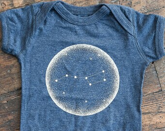 431022a5 Little Dipper Vintage Navy Baby Bodysuit. Unisex Constellation of Stars  Baby jumper that glows in the dark. Made in the USA.