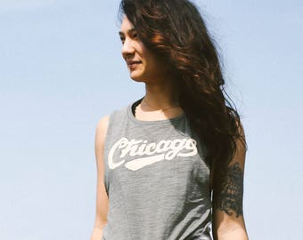 Chicago Retro Club Script Vintage Ladies Muscle Tank Top. Loose Fit olive slub tee. Shirt for Women. Illinois Midwest Pride.