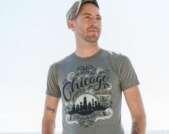 City by the Lake Chicago Flourish Triblend Grey Unisex T-shirt. Vintage Style Soft Retro Illinois Shirt Men's Slim Fit and Women's Tee