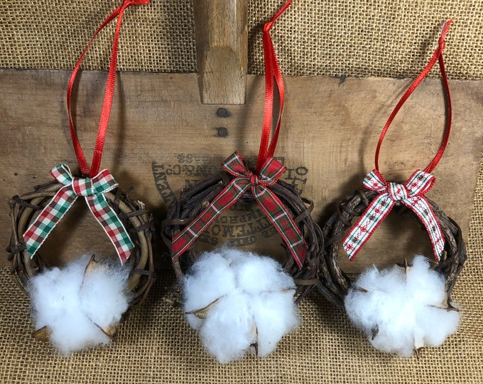 Cotton Boll Wreath Ornament, Farmhouse decor, Country gift, Anniversary gift, Southern, Made in USA, Natural, Southern Nature