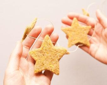 Needle Felting PDF Instructions - Garland of Stars, Christmas, Winter, Easy, Beginner, Gold, Birthday, Celebration, Ornament, DIY