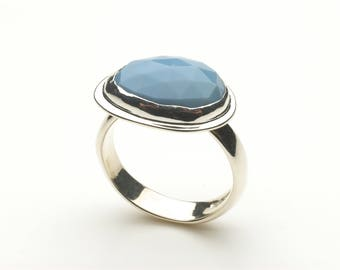 Blue opal silver ring - Blue stone ring - Alternative Non traditional Engagement Ring - Birthday Anniversary present - platform ring