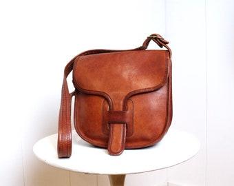 Vintage Coach Courier Pouch Bag    NYC Rust Leather Cashin Purse    New  York City Messenger Handbag Satchel 1fa3f7ed35e4c
