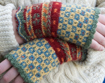 Latvian Fingerless Mitts Knitting Kit