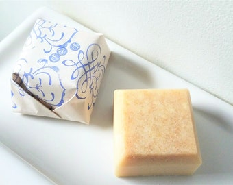 Oatmeal, Manuka Honey & Buttermilk Soap | Bar Soap