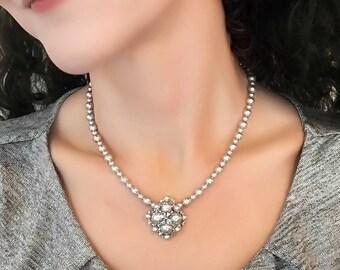 V Necklace Silver, Beaded Necklace, Gray Necklace, Pendant Necklace, Beaded Jewelry Silver, Beaded Jewelry Necklace, Beaded Jewelry Handmade