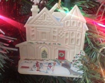 Lenox 1991 Victorian Home - Cambridge Manor Lenox China Christmas Ornament