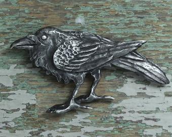 Raven brooch - silver pewter